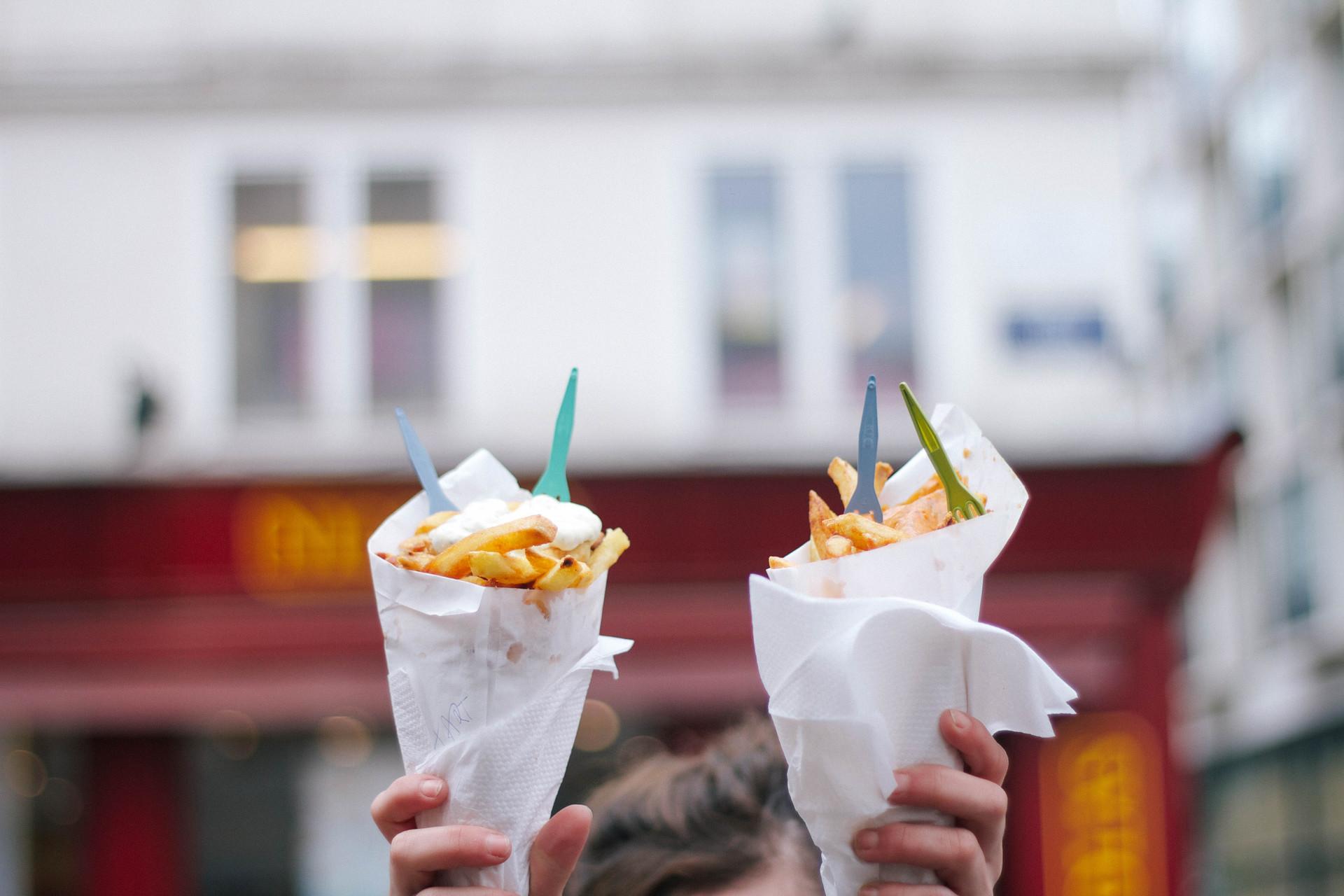 2015-03-Life-of-Pix-free-stock-photos-food-fries-street-food-sauce-forks-cornet-BXL-Sarah-Babineau