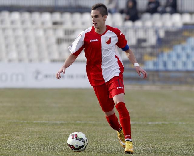 Mijat Gacinovic 3